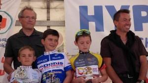 course-cycliste-un-podium-pour-lespoir-cycliste